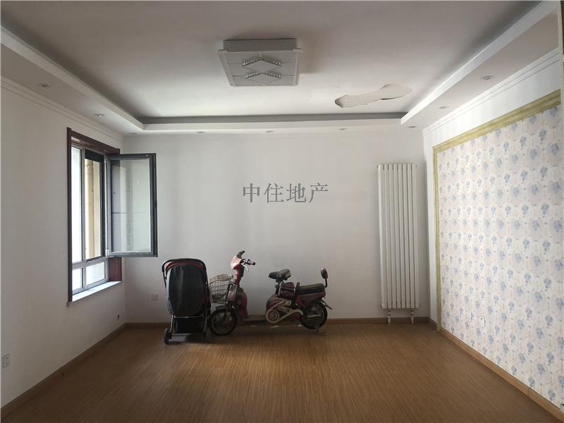 建筑大学旁、天齐奥东花园精装未住三居室,中间楼层采光无遮挡,急售!