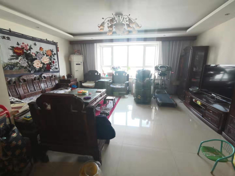 如意苑二期 楼王位置 中高层 精装修 有车位和地下室