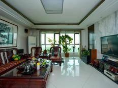 市中区 高品质小区 4室2厅 南北通透 紧邻和谐广场