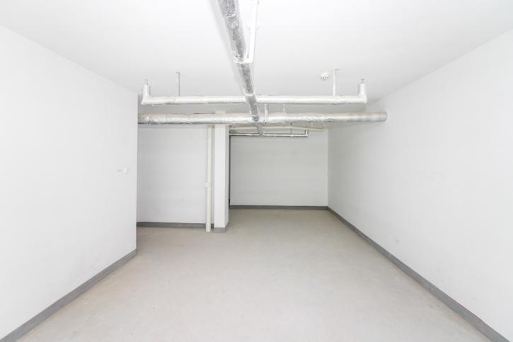 凤凰国际城4室1楼倒复式送78平地下室!