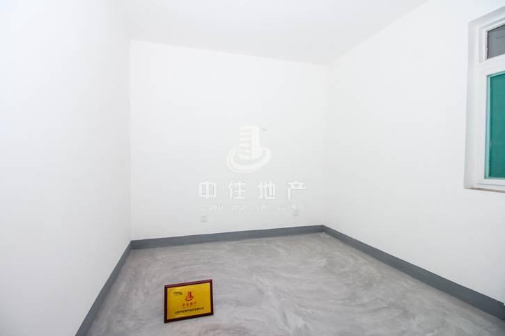 官扎营新区4室