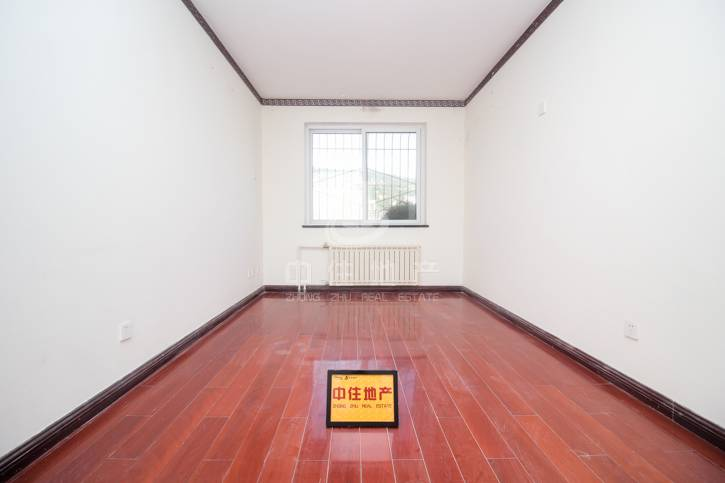 外海蝶泉精装修四室,房主已买新房,着急出售